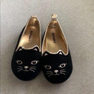 Old Navy cat slide on shoes.